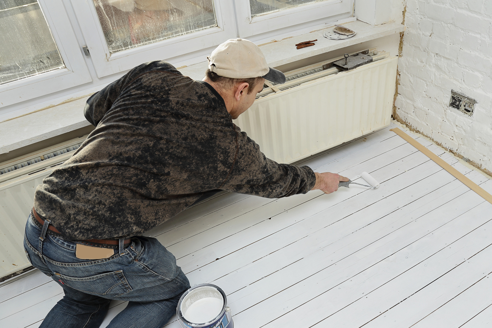 Peinture parquet tous les conseils pour peindre un parquet for Peinture plancher en bois