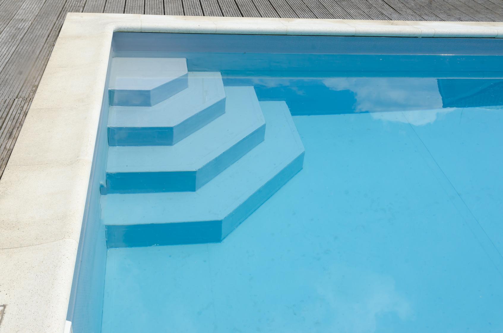 Peinture pour piscine choisir et r ussir la peinture de sa for Sika peinture piscine