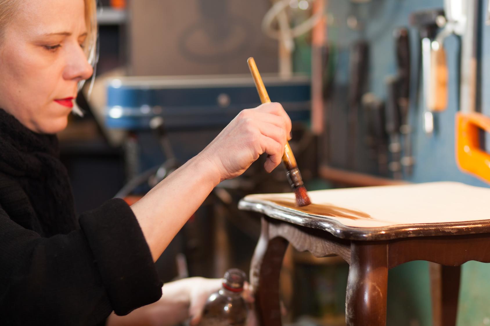 Peinture pour repeindre un meuble en bois - Quelle peinture utiliser pour repeindre un evier ...