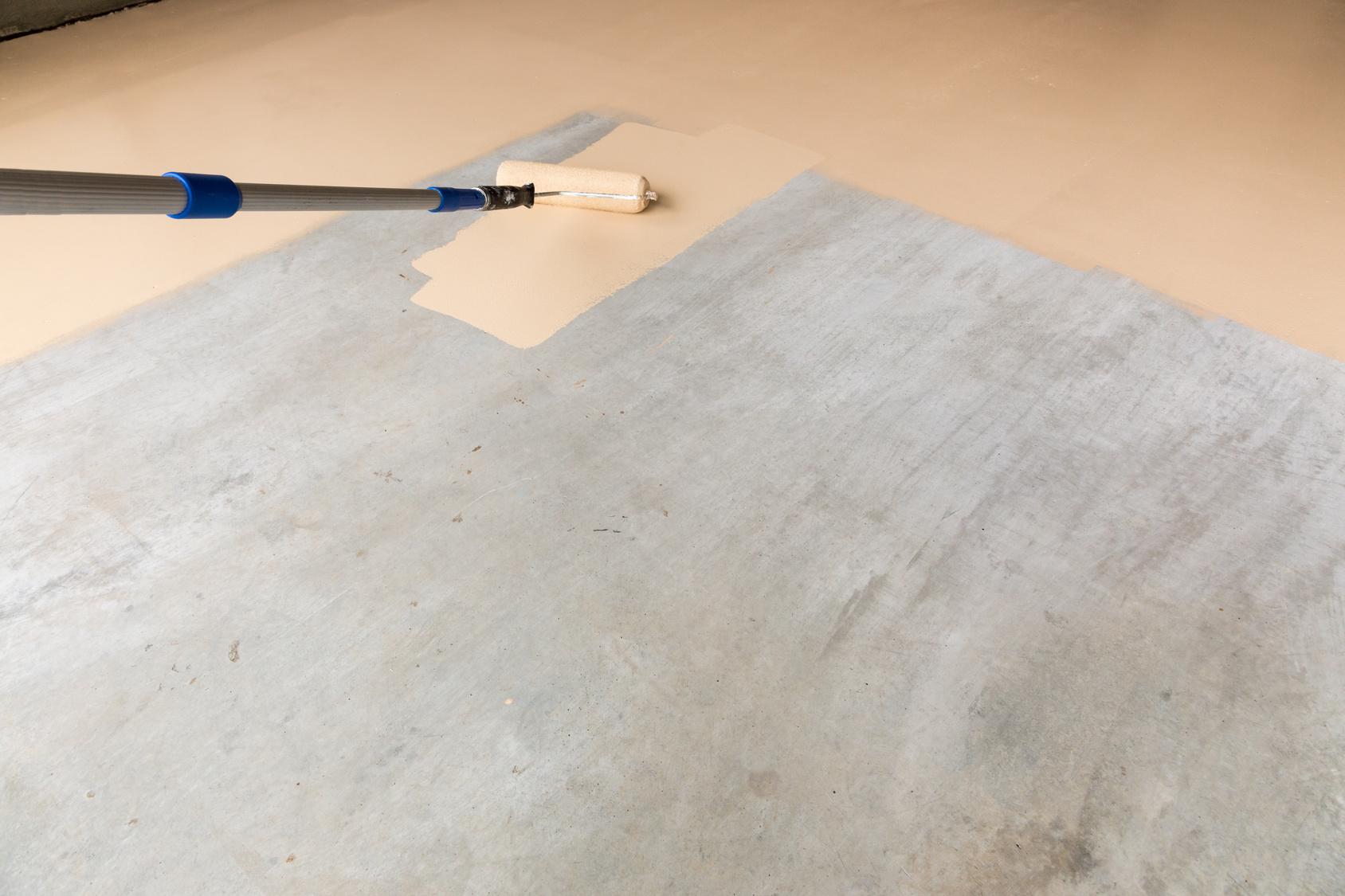 Peinture du sol d un garage for Garage de peinture automobile