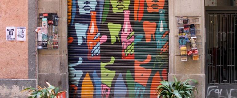 Peinture sur rideau metallique